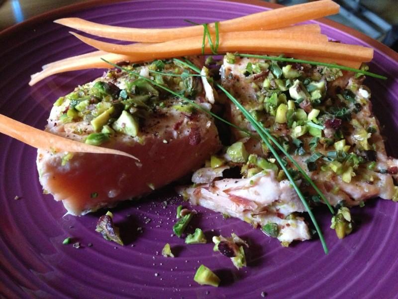39-Filetto-di-salmone-scottato-con-granella-di-pistacchi